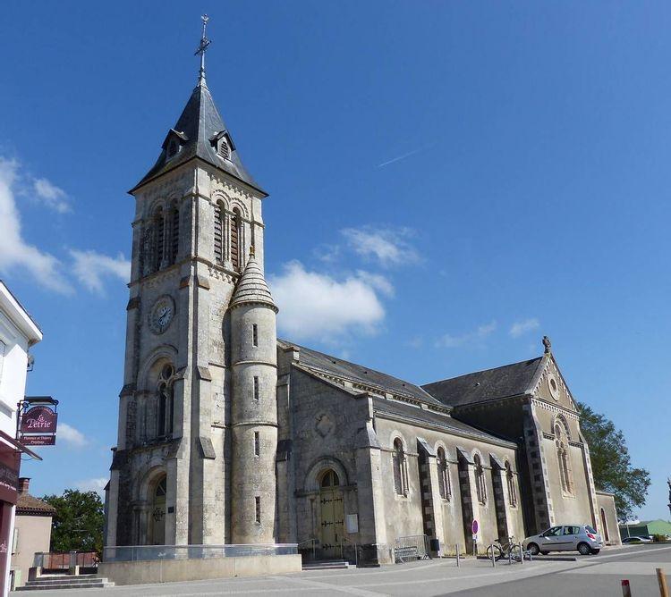 l'église saint-pierre de nesmy