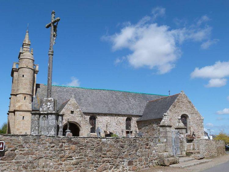 Eglise Saint-Pierre à Coatreven © Commune de Coatreven