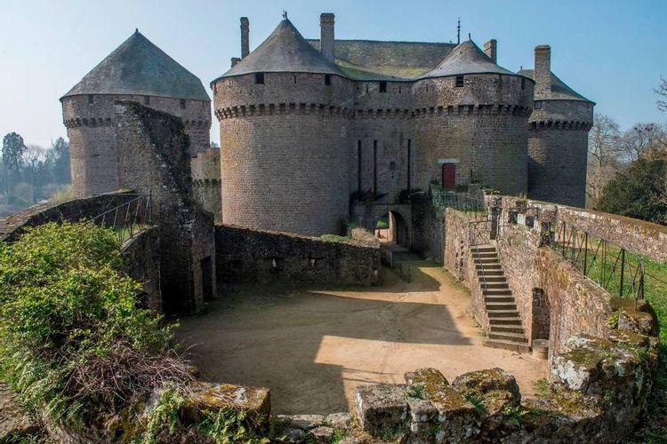château de lassay à lassay-les-châteaux