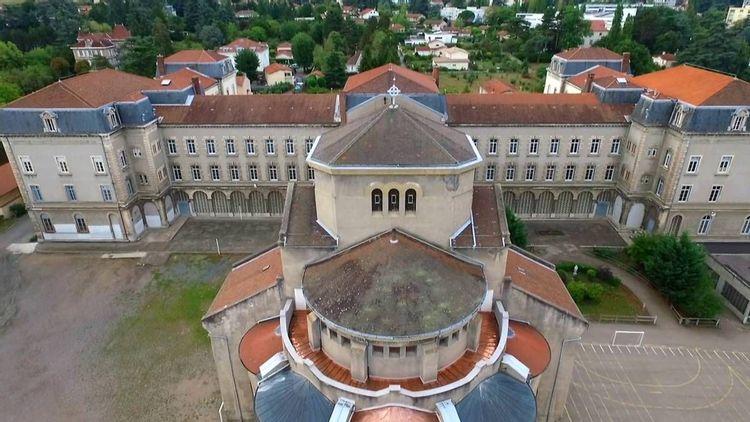 Vitraux de la Chapelle Sainte-Marie à Saint Chamond