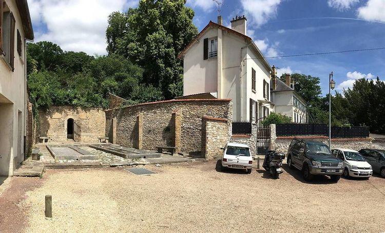 Avant la restauration du lavoir du Chenet de Cormeilles-en-Parisis