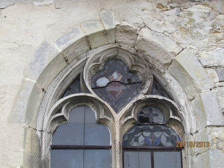 Vitraux de l'église Saint-Cyr-et-Sainte-Julitte à Vimpelles