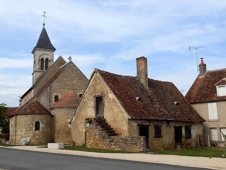 Eglise Saint Martin et Maison Berrichonne à Nohant-Vic