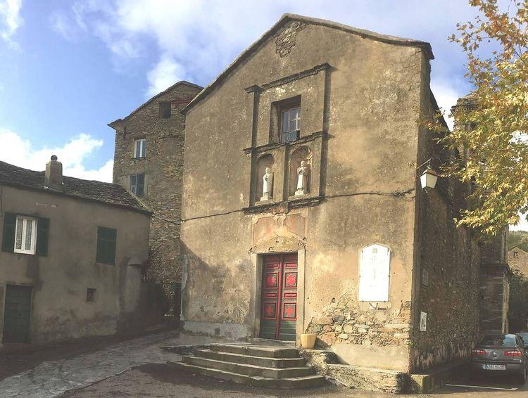 Objets et mobiliers de l'église de Porri