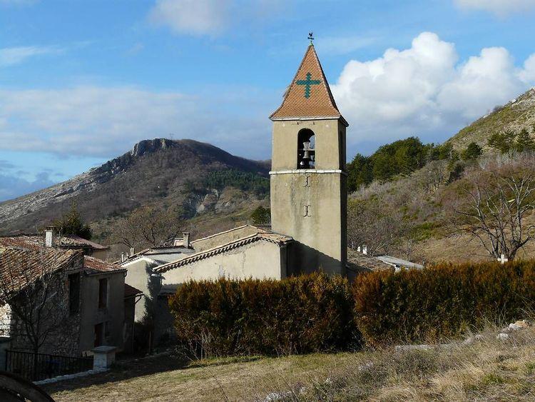 Église Notre-Dame des Groseilles à Saint-Geniez