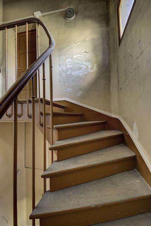 Escalier de service, Ecole de plein air de Pantin