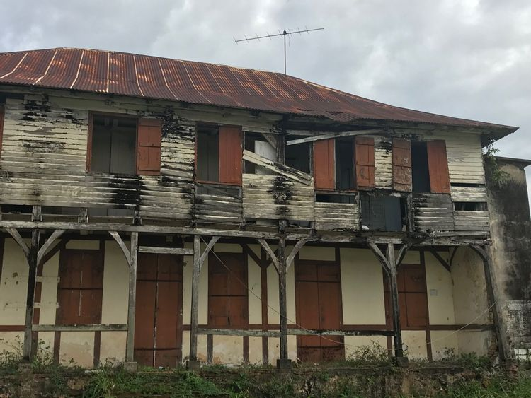 Ancienne Ecole de Rémire