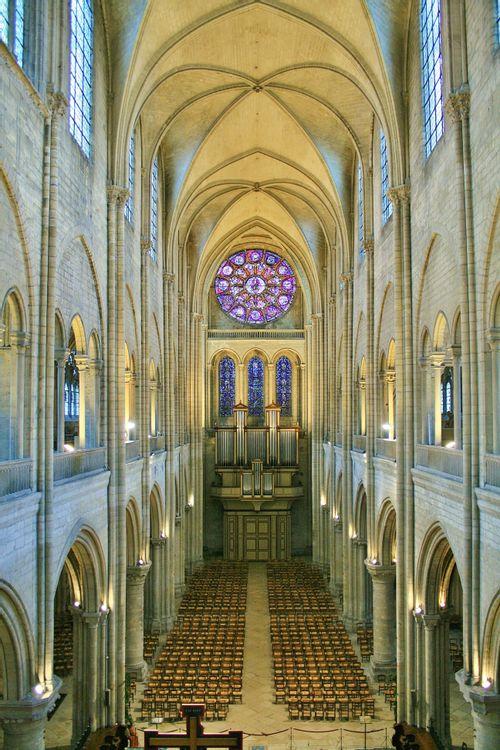 Nef, collégiale Notre-Dame de Mantes-la-Jolie