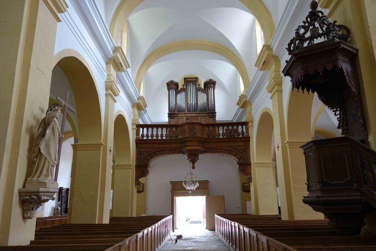 intérieur de l'église st georges de faucogney et la mer