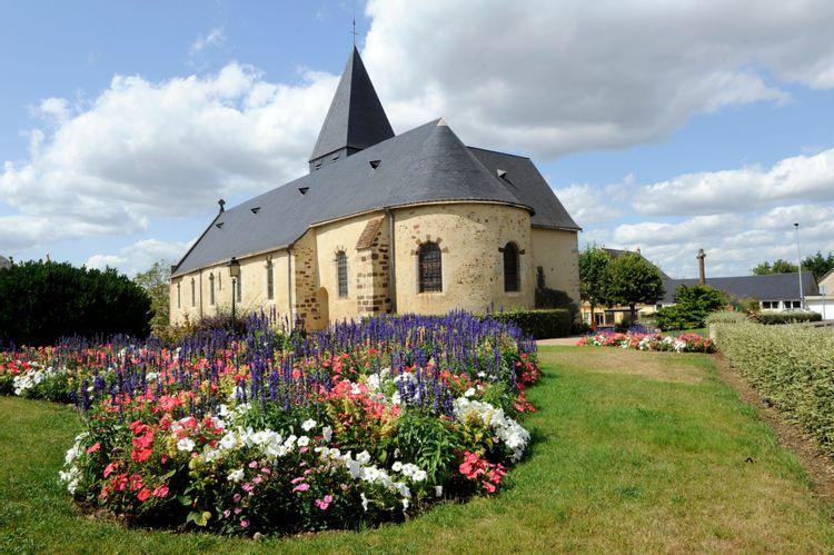 Les Vitraux de L'Eglise St Nicolas de Coulaines