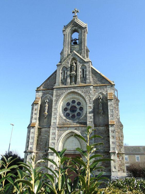 Façade de la chapelle Saint-Michel