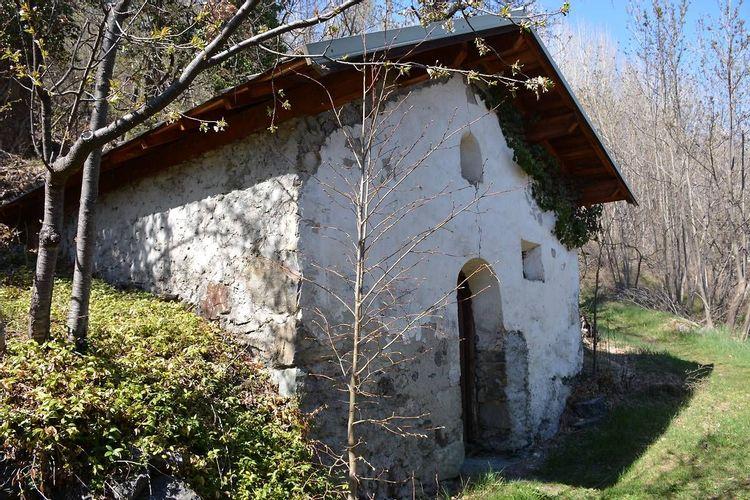 Four et chapelle au Puy-Saint-André
