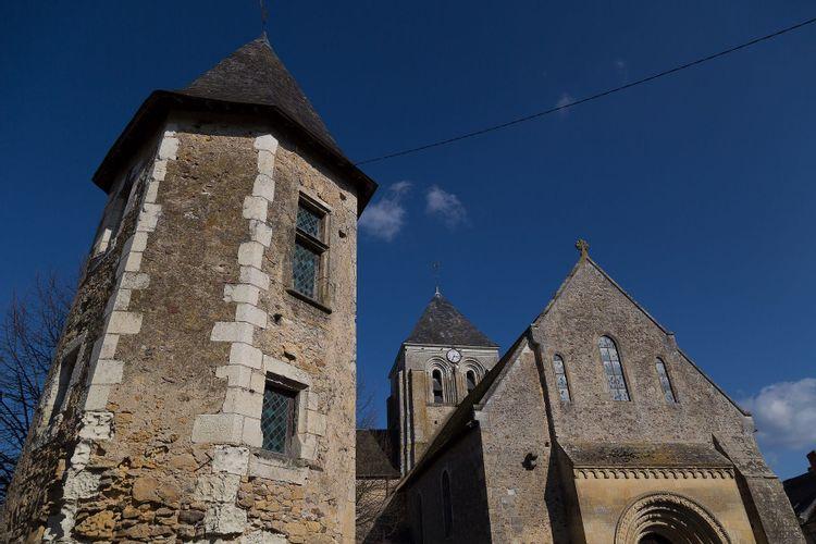La tour du Pilori à Bazouges-Cré-sur-Loir