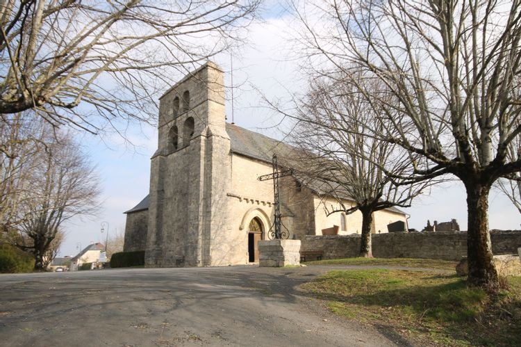 Église Saint-Hippolyte d'Yssandon