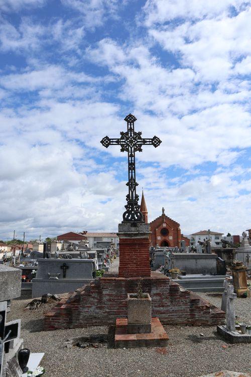 Croix du cimetière Notre-Dame-des-Champs
