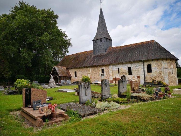 L'église de la Sainte-Trinité de La Trinité-de-Thoubervile