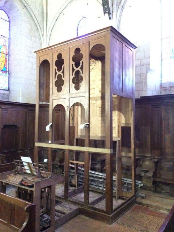 L'orgue en cours de démontage
