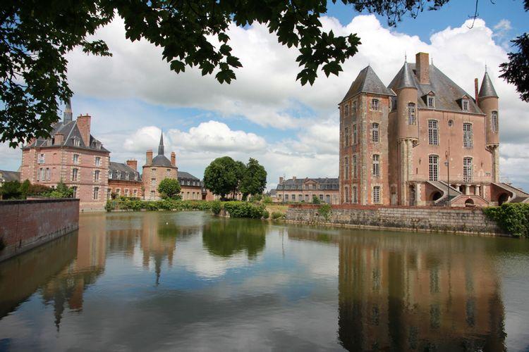 Douves du château de Bellegarde