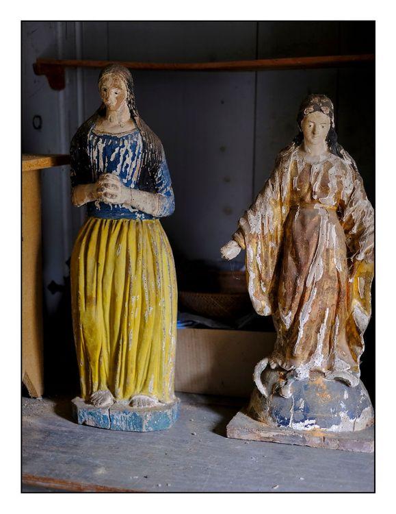 Statues de Sainte-Madeleine et la Vierge