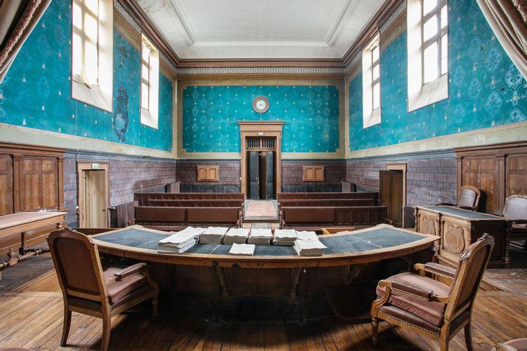 Vue intérieure du tribunal