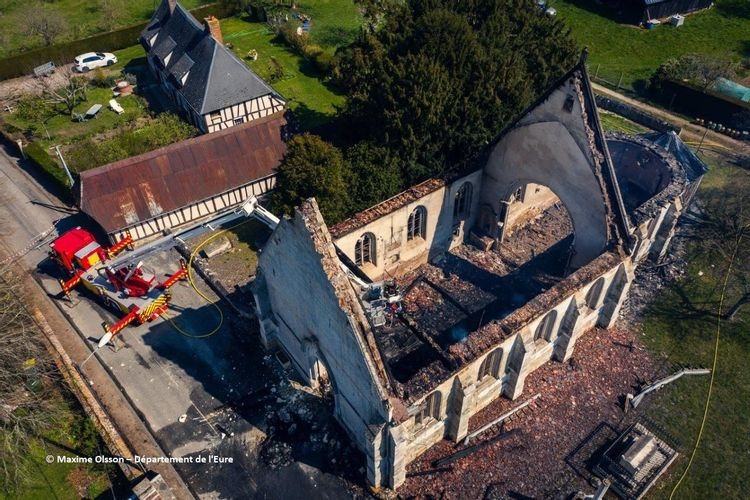 Eglise Saint-Pierre de Romilly-la-Puthenaye