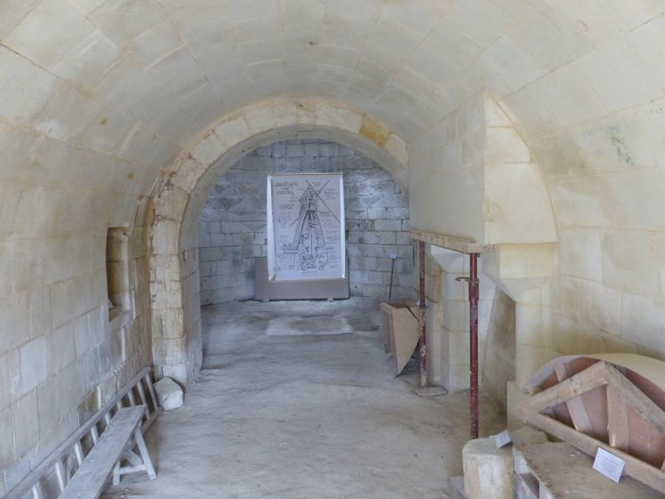 Intérieur du moulin en cours de restauration