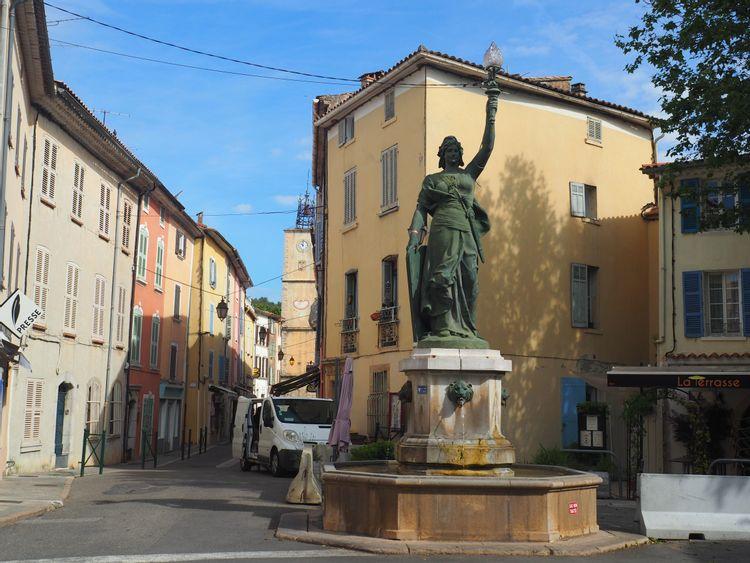 Fontaine Marianne à Besse sur Issole