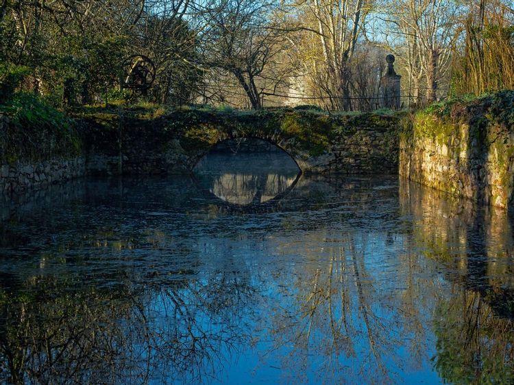 Pont et Douves de l'ancien château de Montpinier à BLAN (81) ©