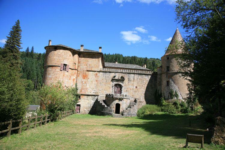 Château de Roquedols à Meyrueis