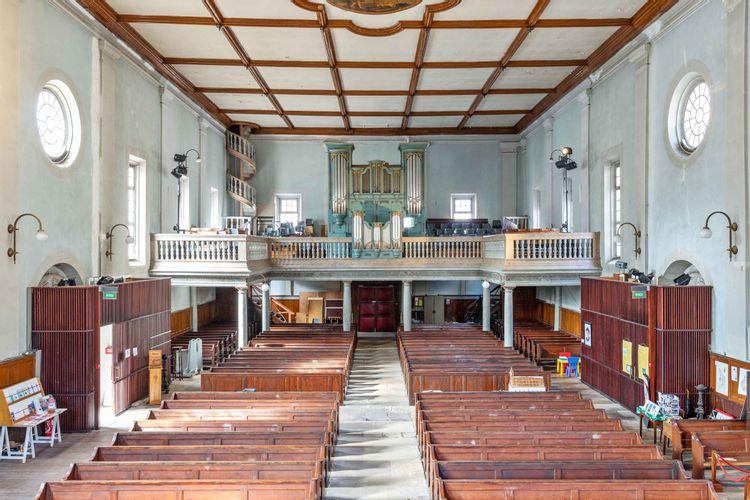 intérieur du temple de montbéliard