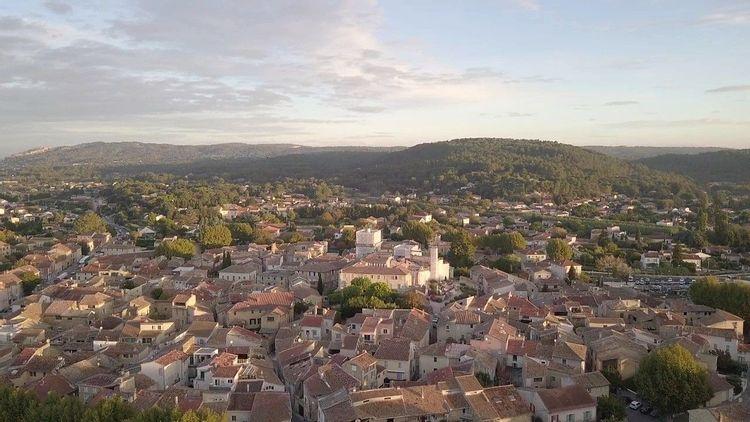 Le château prieuré clunisien de Piolenc