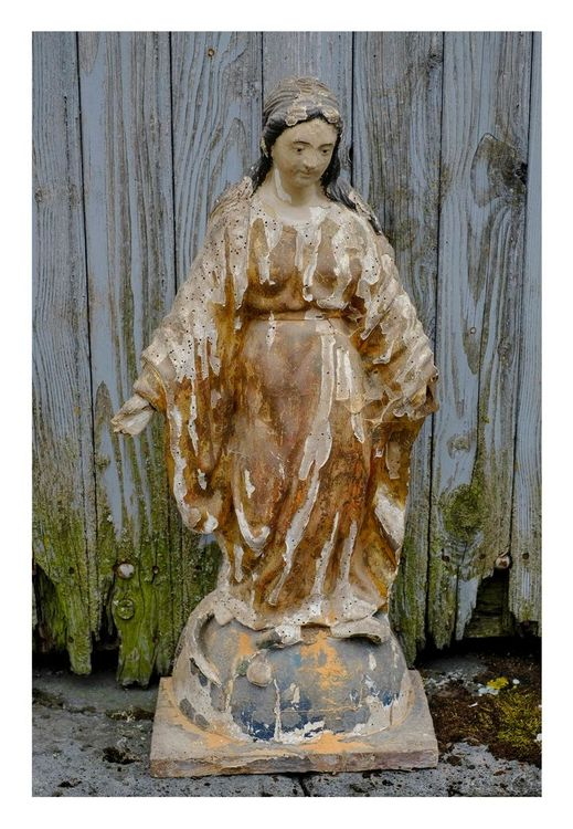 Statues de la Vierge à Laurie