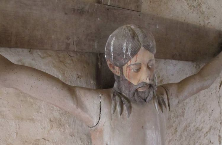 christ en croix de l'église de gargilesse