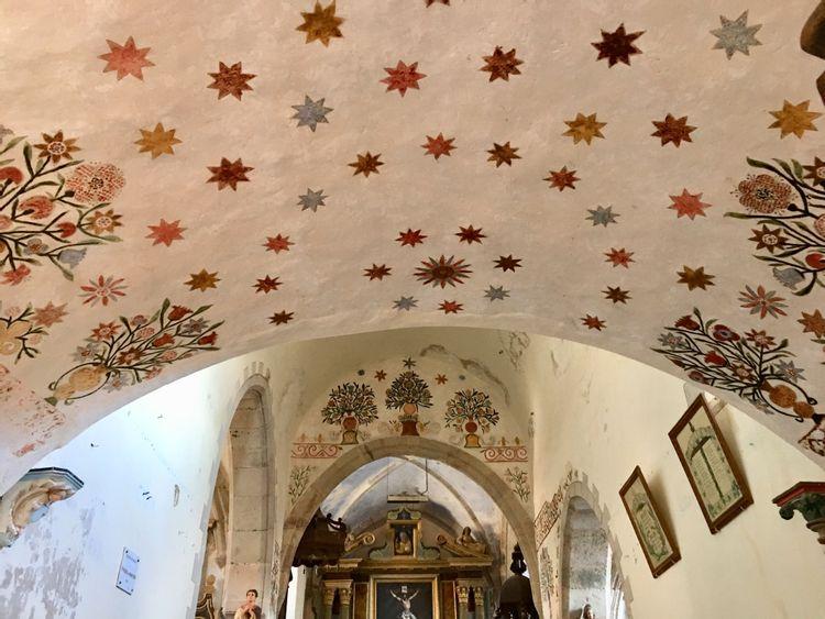 décor peint de l'église saint-symphorien de levezou