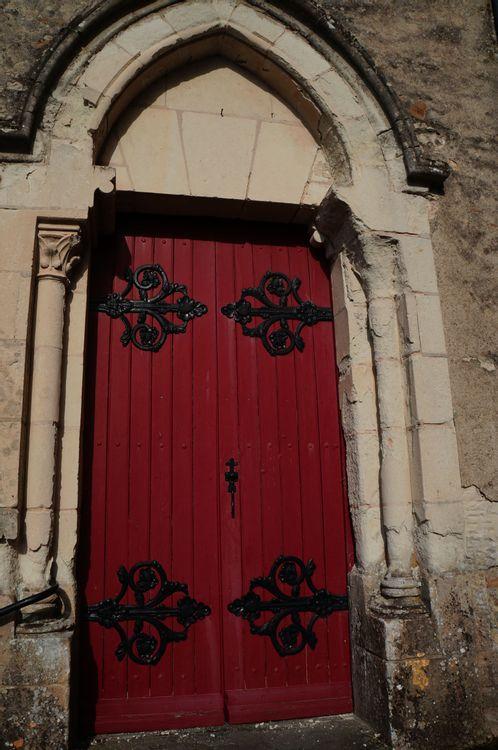 porte transept sud église de Carbay