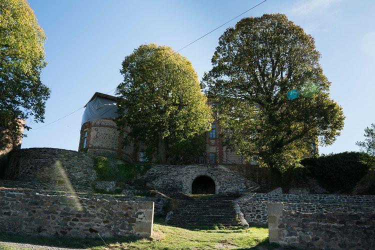 Château de La Chaux-Montgros à Sallèdes