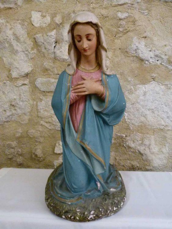 Crèche de Noël de l'église Notre-Dame de l'Assomption