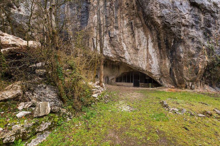grotte de la vache à alliat