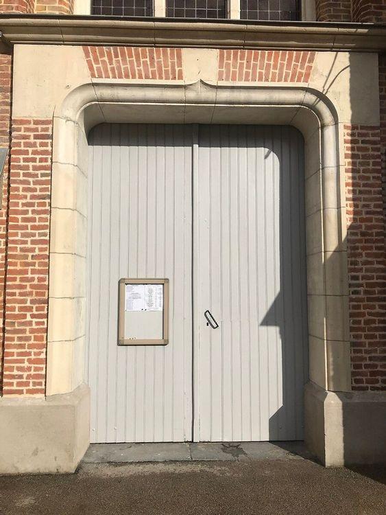Porte de l'église Saint Omer de Caëstre