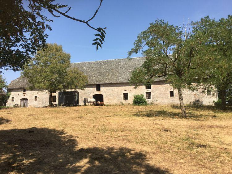 Grange de Rodelle dans l'Aveyron