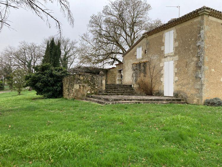 Maison de Paveillac à Roquebrune