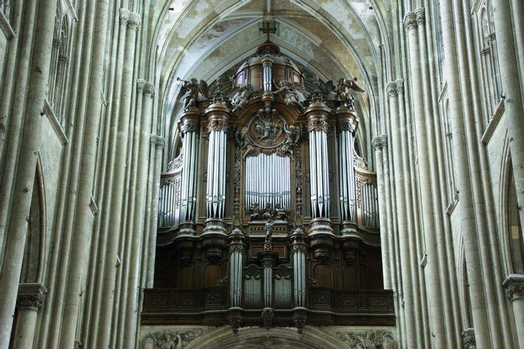 le grand orgue de la basilique de saint-quentin