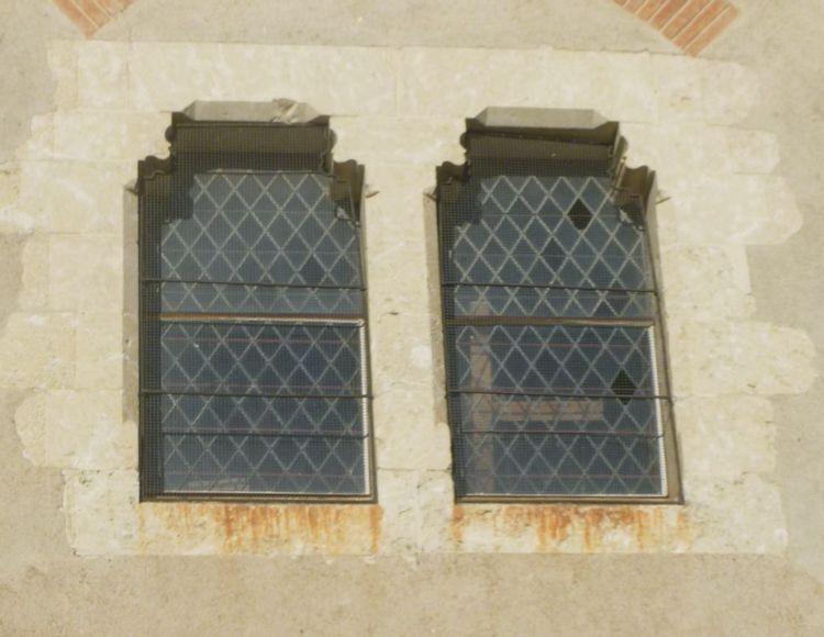 Vitraux de l'église de Saramon