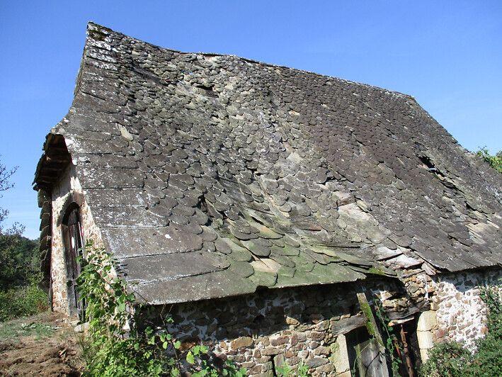 Grange de Manhaval dans l'Aveyron
