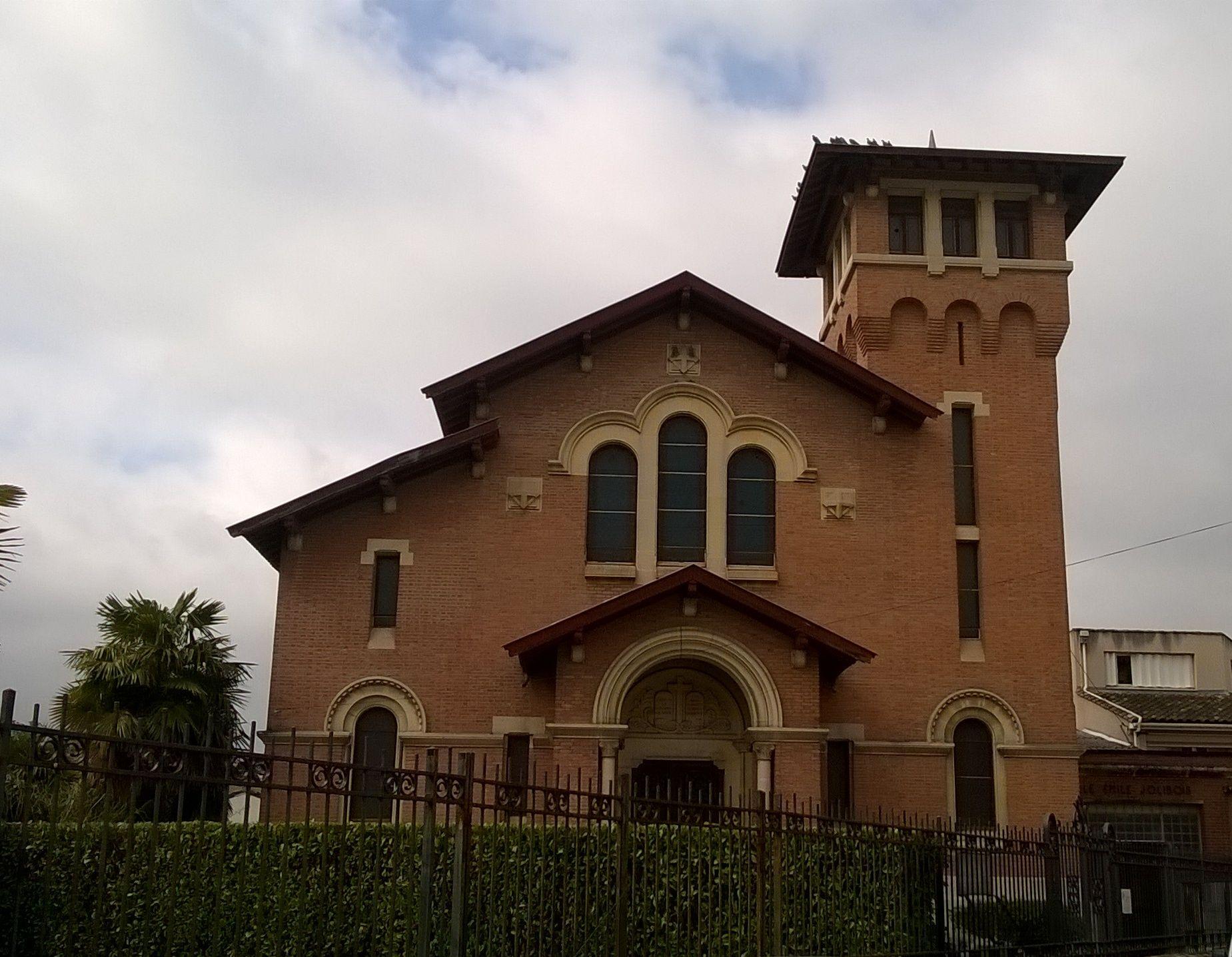 Temple de l'église protestante unie de l'albigeois dans le Tarn