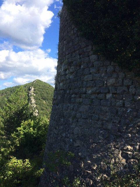 Château féodal de Brantes : projet de sauvegarde