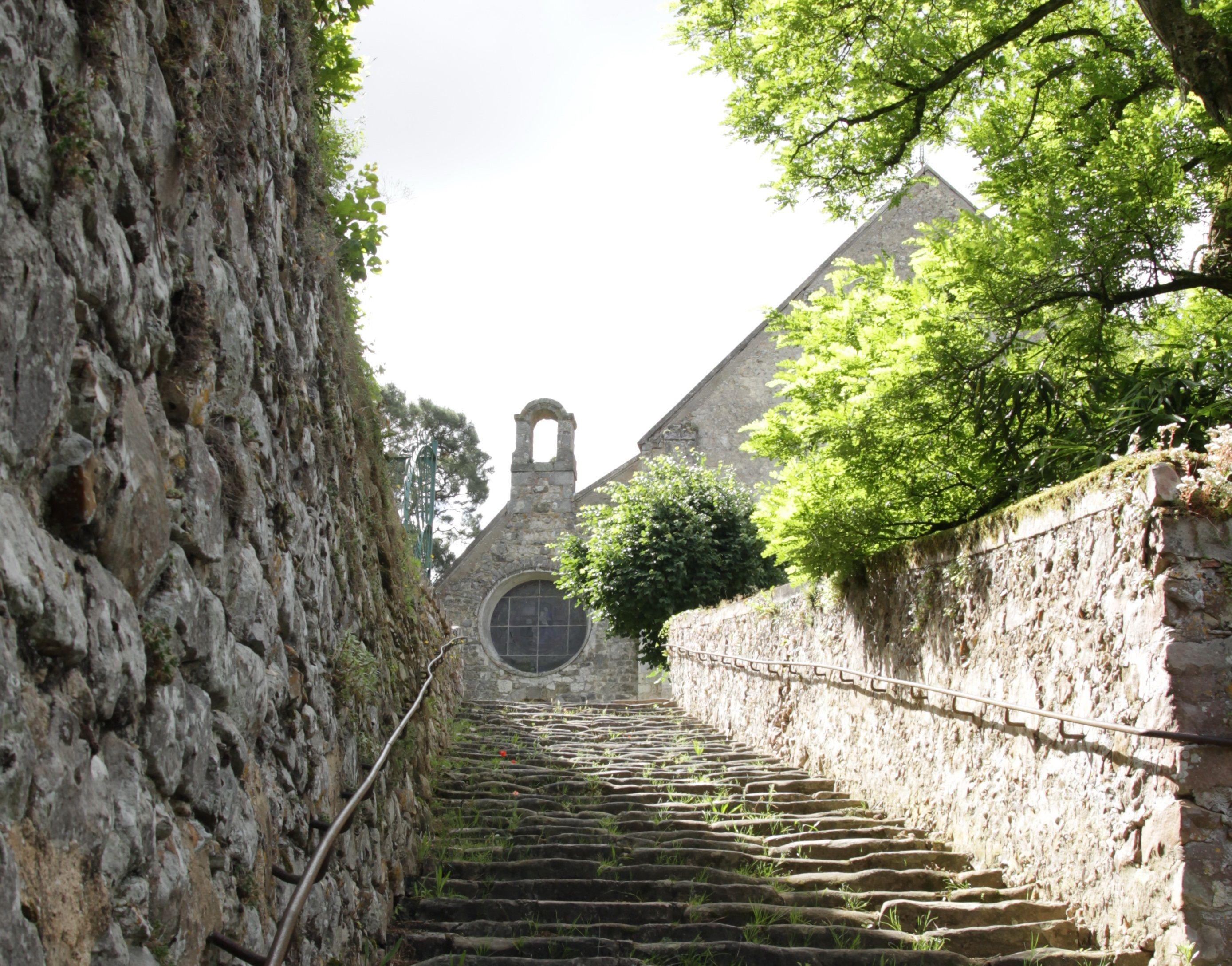 NOTRE DAME DE L'ASSOMPTION À ROCHEFORT EN YVELINES
