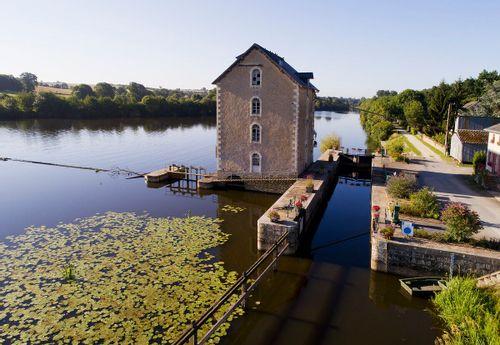 Moulin de la Petite Bavouze à Ménil