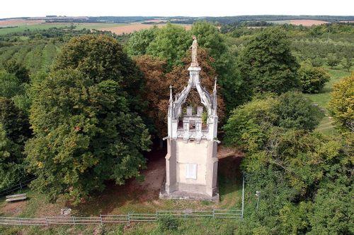 Monument Notre Dame des Airs à Dieulouard