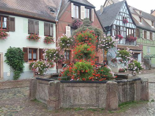 Fontaine à Bergheim dans le Haut-Rhin